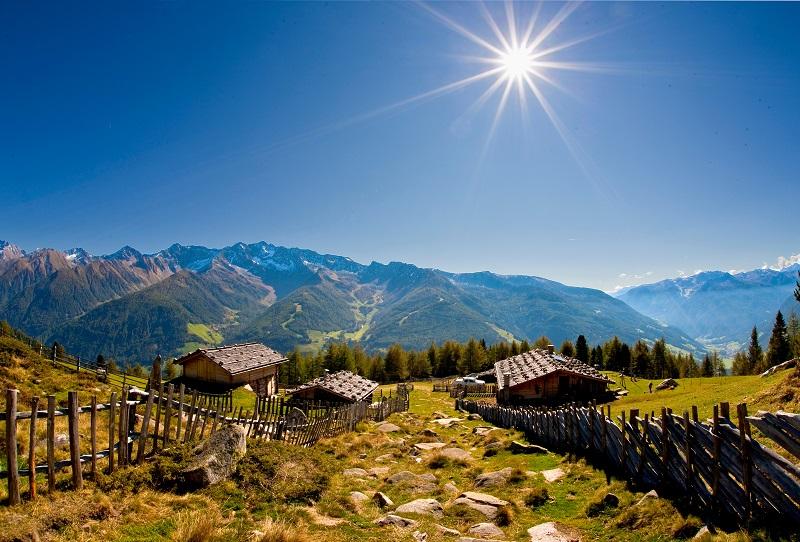 Vom Berghotel Alpenfrieden gibt es zahlreiche Touren auf den Berg.
